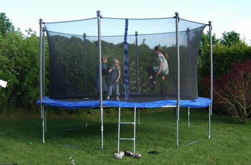 How to secure a trampoline?