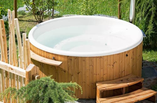 What to do with a hot tub in summer?