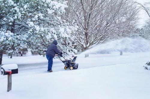 Snow blower vs Snow thrower